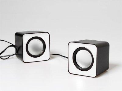 Media-Tech Fado White (Media-Tech FADO stereo reproduktory 2.0, RMS 6W)